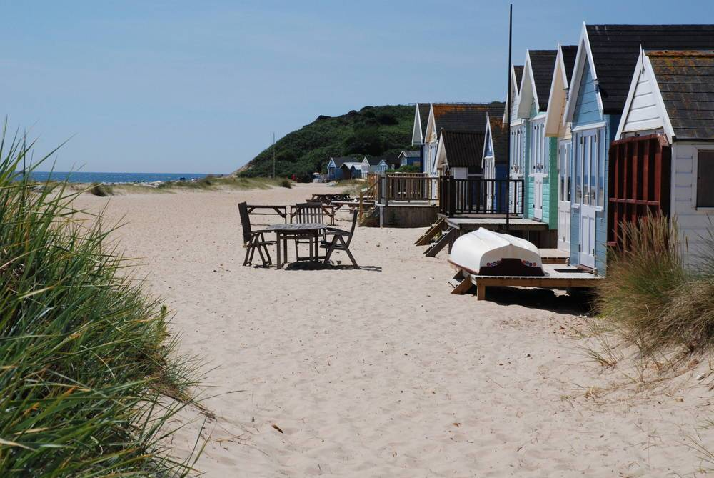 bournemouth-poole-mudeford-beach-huts-self-catering-308-large