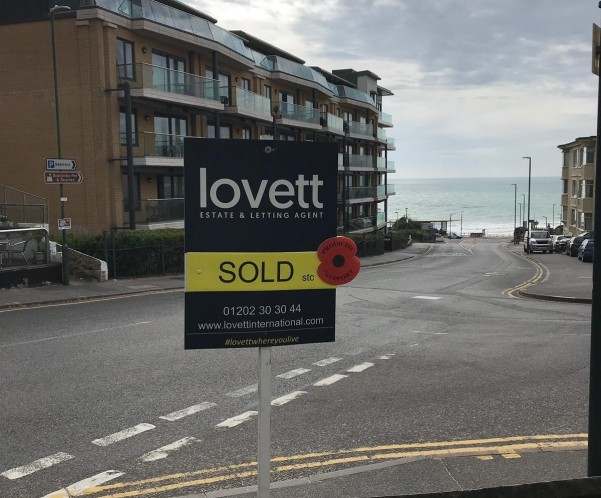Lovett Estate Agents Raise Awareness for Remembrance